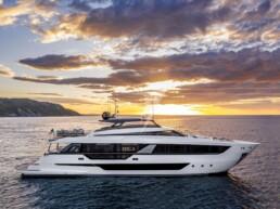 Ferretti Yachts 1000 - CMM YACHT SERVICE